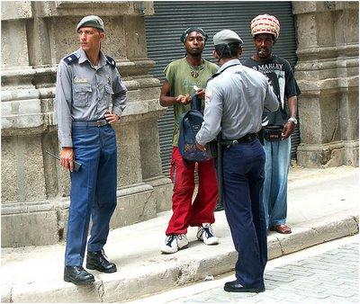 policias-jovenes