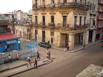 esquina-de-belascoac3adn-y-jesc3bas-peregrino