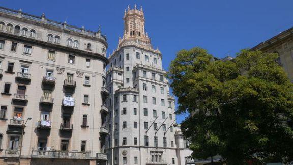 sede-principal-empresa-Etecsa-Habana_CYMIMA20150615_0019_16