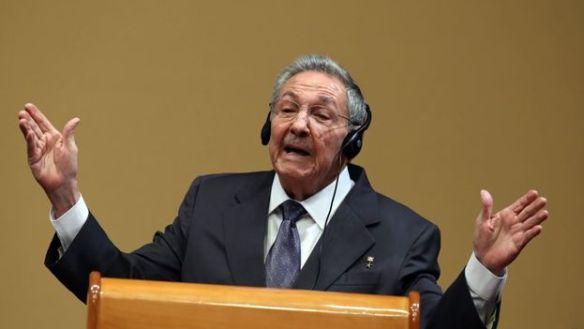 Raul-Castro-excepcionales-conferencias-EFE_CYMIMA20171223_0013_17