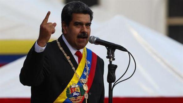 Maduro-oposicion-reconocen-EFECristian-Hernandez_CYMIMA20190111_0002_17