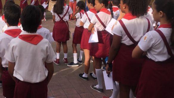 Estudiantes-escuela-primaria-Habana-despiden_CYMIMA20170720_0002_13